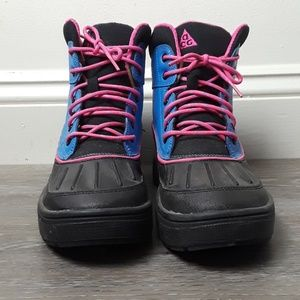 Nike Woodside II Youth Girls Boots Size 5.5Y